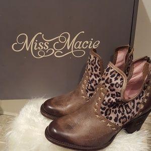 miss macie